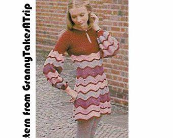 Un fresco de 1970 vintage del patrón para un hermoso vestido mini o túnica con emparejar pantalones acampanados - absolutamente fabuloso!  ♥♥♥♥♥♥♥♥♥♥♥♥♥♥♥♥♥♥♥♥♥♥♥♥♥♥♥♥♥♥♥♥♥♥♥♥♥♥♥♥♥♥♥♥♥♥♥♥♥♥♥♥♥♥♥♥♥ TENGA EN CUENTA ESTE ES UN PATRÓN DE PDF - LOS PANTALONES DE VESTIR ACABADOS NI EL PATRÓN ORIGINAL ♥♥♥♥♥♥♥♥♥♥♥♥♥♥♥♥♥♥♥♥♥♥♥♥♥♥♥♥♥♥♥♥♥♥♥♥♥♥♥♥♥♥♥♥♥♥♥♥♥♥♥♥♥♥♥♥♥  ¿♥♥♥Love este artículo? No olvide agregar a su favourites♥♥♥  Auténtico festival-desgaste. Se trabajó en Triple puntada (término Estados…