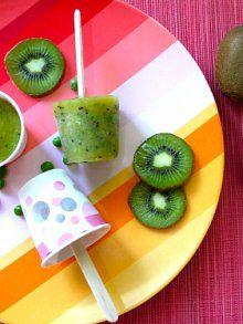Pea Wee Kiwi Popsicles | Weelicious        4 kiwis, peeled and chopped      1/2 cup orange, apple or pineapple juice      3/4 cup frozen peas      6 dixie cups*  PeaWeeDeeeelicious!