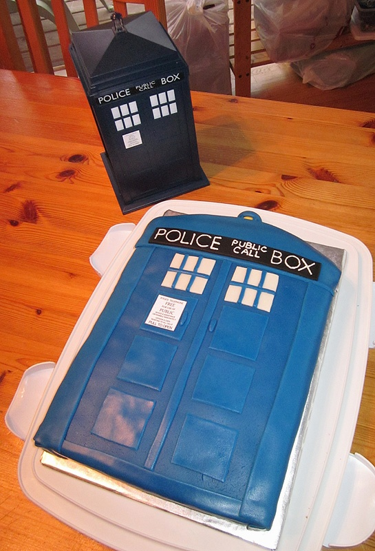 TARDIS Cake: Tardis Cake, 18Th Birthday, J S Birthday, Cookies Cakes Cupcakes, Cakes If, Colorado Mountain, Lie Mi Birthday, Cakes Happy 18Th, Animal