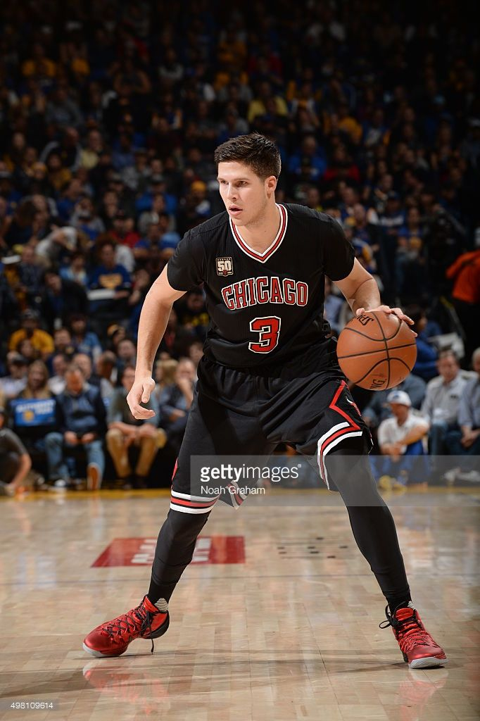 Doug McDermott #3 of the Chicago Bulls during the game against the Golden State Warriors on November 20, 2015 at ORACLE Arena in Oakland, California .