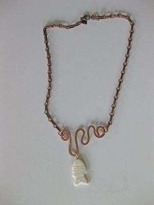 Diy jewelry diy necklace diy copper wire scribbled jewelry for Hammered copper jewelry tutorial