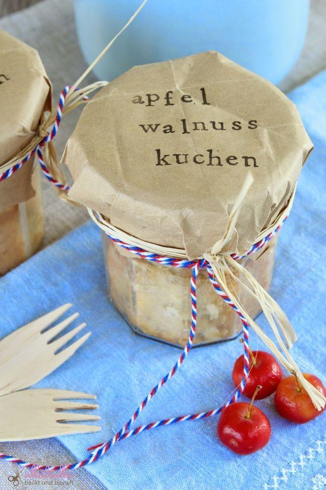 Geschenk aus der Küche | DIY für Apfel-Walnuss-Kuchen im Glas | ullatrulla backt und bastelt | Bloglovin'