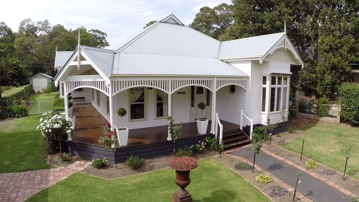 Harkaway Homes - Classic Victorian and Federation Verandah Homes - Gabled…