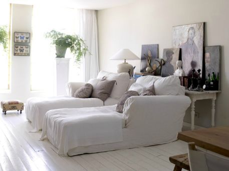 Great place to watch tv or read - beautiful white via greigedesignLiving Design, Canvas Painting, Tv Room, Livingroom, Interiors Design, Living Room, Painting Floors, Art Display, Bottle Longue