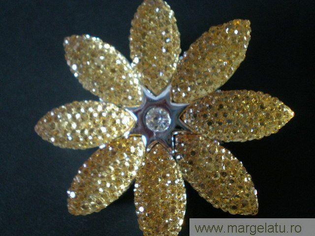 Brosa aurie,floare aurie sclipitoare,50mm