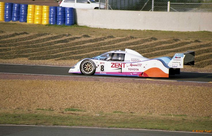 Toyota Team Tom's Toyota TS 010 [005]  Jan Lammers  Andy Wallace  Teo Fabi Le Mans 1992 Essais