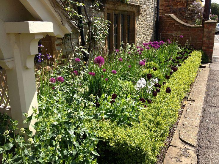 Front Garden Ideas On A Budget Uk