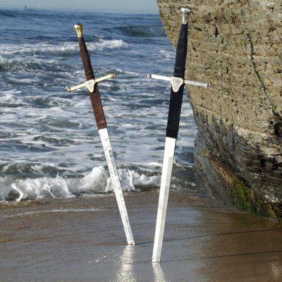 Do you know that the mainstay of the Highland warriors of the late 15th and 16th centuries was the Claymore Swords, they had a uniquely styled hilt that sets it apart from other great swords of the period.