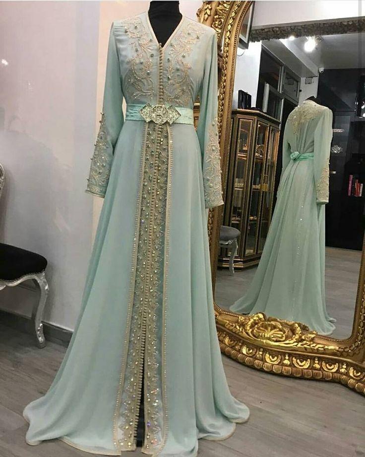 Commandez en ligne en toute facilité et sécurité les derniers modèles du caftan 2017 , takchita de luxe et robes Marocaines haute couture e...