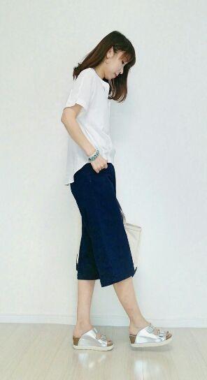 前後で丈が違うデザインのスキッパーシャツ♪40代アラフォー女性のスキッパーシャツのコーデ♪