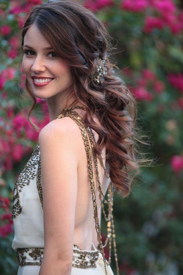 wavy bridal hair, photo by Zaugh Photography http://ruffledblog.com/huron-substation-wedding #weddinghair #bridalhair #beauty