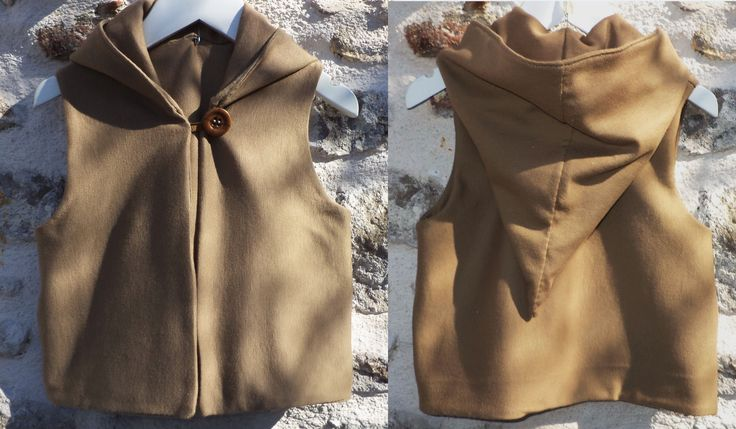 Vest with pointy Hood