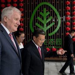 Bavaria's prime minister Horst Seehofer visits Qingdao