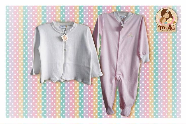 Pijama y chaleco de algodón peruano Tallas: 0 a 18 meses. Chaleco: $17.990 Pyjama: $14.990