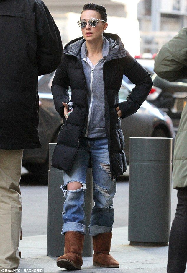 Natalie Portman sports an edgy hairdo on set of Vox Lux | Daily Mail Online