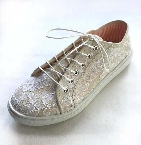Zapatillas De Mujer Diseño Bishone Plata - $ 1.200,00 en Mercado Libre