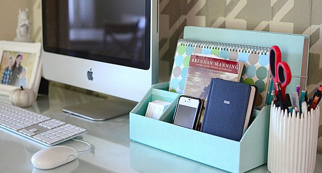 Cubicle Décor Ideas To Make Your Home Office Pop: Simple Career Life: Love Your Creative Space: 8 Uplifting