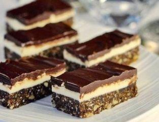 Cum să faci cea mai bună prăjitură pentru seara de Revelion. Prăjitura snickers