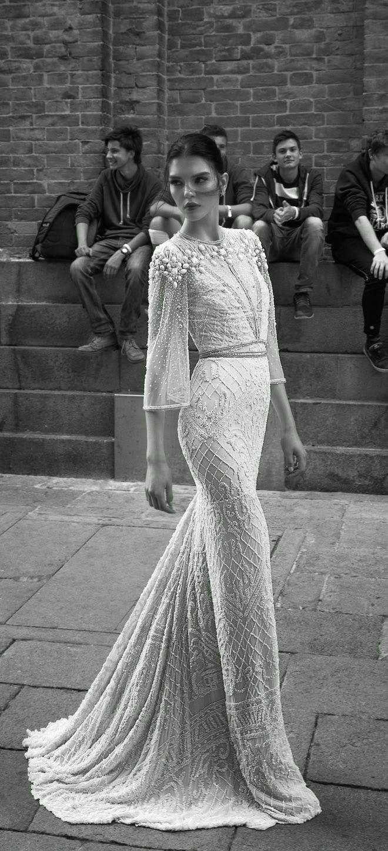 Vestido de novia para otoño/invierno 2015. . Inspírate más en http://bodatotal.com/