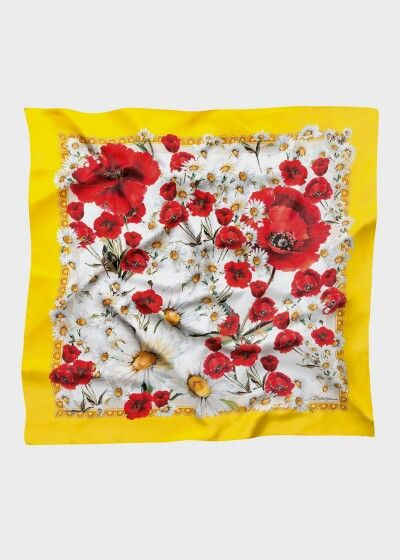 Dolce & Gabbana Summer 2016 Fashion Foulard  inside the Woman Collection 'Spring in the City'. Poppies and Daisies prints.