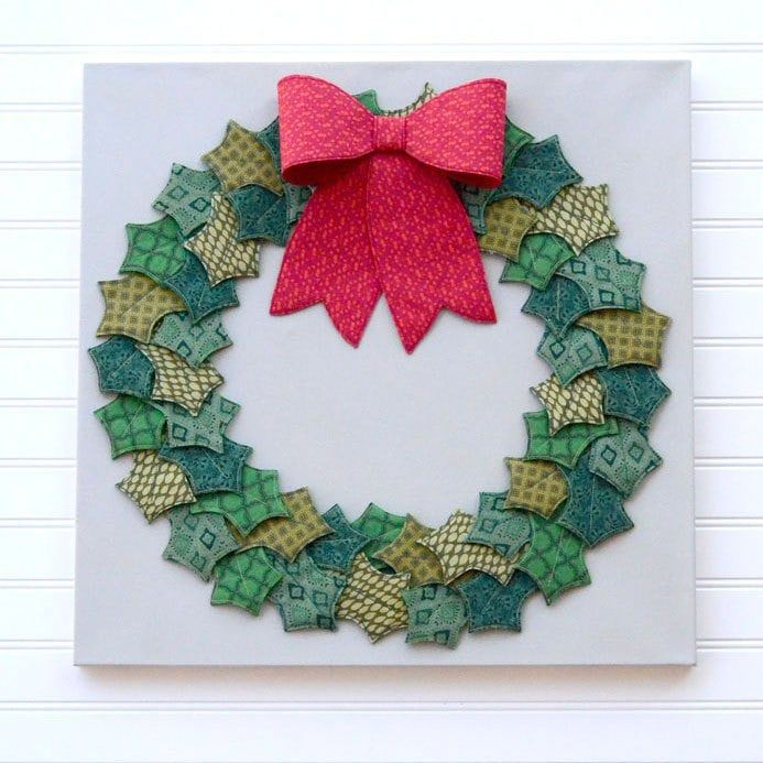Fabric And Felt Holly Wreath Free Pattern Christmas Sewing