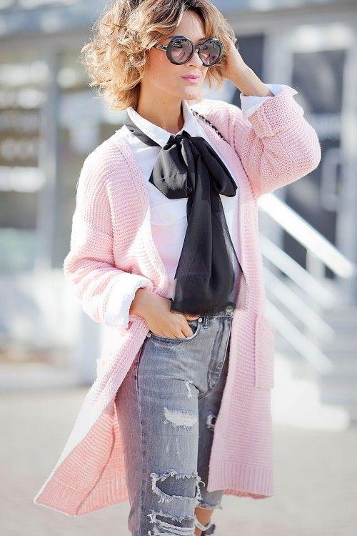 Модные цвета года по версии Pantone: нежно-голубой, нежно-розовый, вязаные тренды 2016, вязаная мода 2016, модные вязаные вещи 2016, стильный вязаный джемпер кардиган (фото 1)