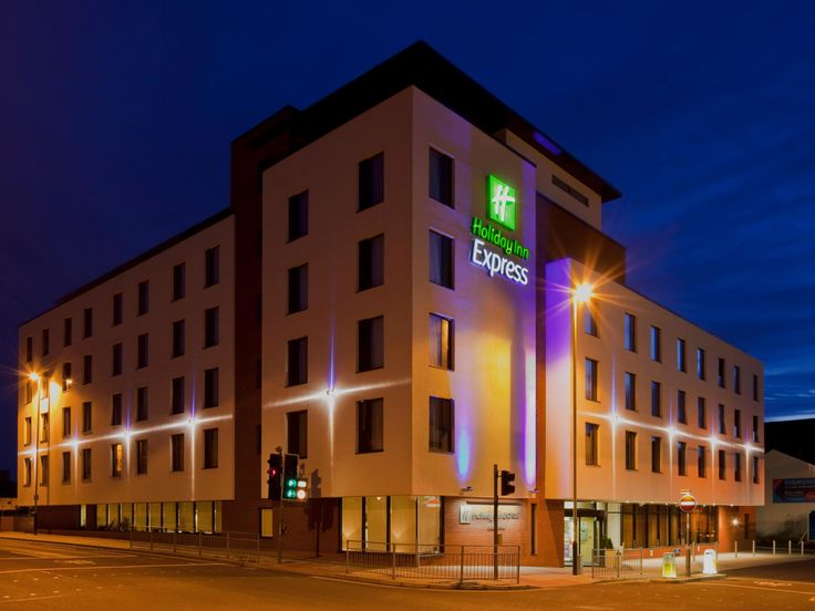 Official site of Holiday Inn Express Cheltenham Town Centre. Stay rested, and recharge. Best Price Guarantee.  Breakfast included.