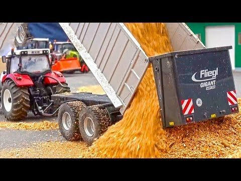 RC tractor CLAAS Xerion by Siku Control in ACTION at Hof-Mohr! - YouTube