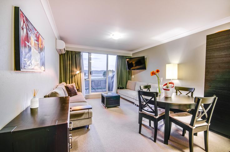 A Deluxe Room at Rydges Horizons Snowy Mountains.