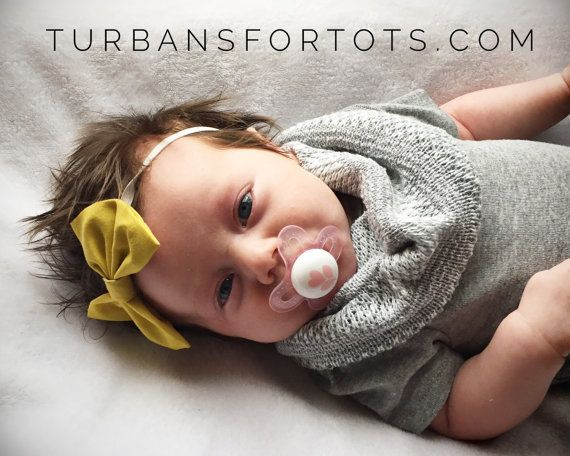 Unisex Light Gray knit baby scarf by turbansfortots on Etsy