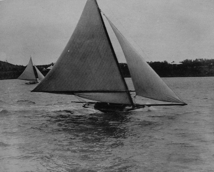 File:Bermudian sloops racing.jpg