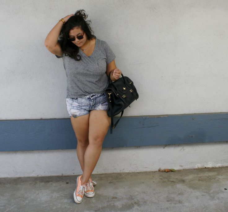Fat girls can wear short shorts style inspiration for Thick white shirt womens