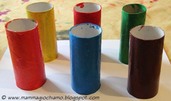 MammA GiochiaMo?: Giochi fai-da-te: imparare i colori con i tubi della carta igienica e le costruzioni Lego