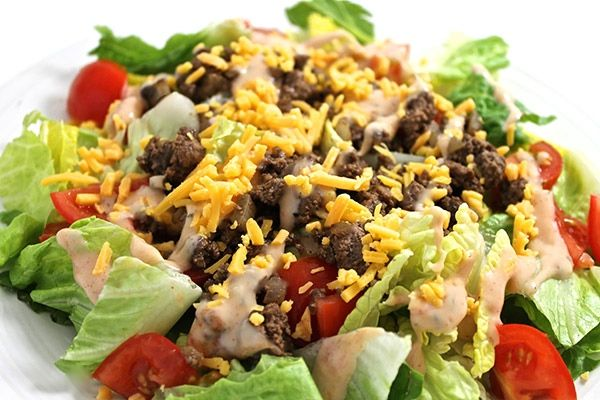 Skinny Cheeseburger Salad - 6 WWP points: Here's an unexpected spin on the classic cheeseburger that's so tasty and fun! Your kids will love it too. I enjoy my burgers topped with Thousand Island dressing so I'm doing just that wit…