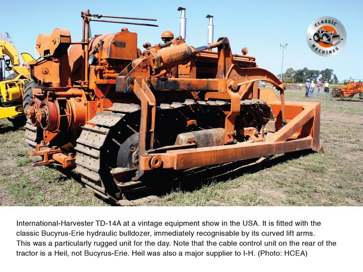 International-Harvester TD-14A at a vintage equipment show in the US. It is fitted with the classic Bucyrus-Erie hydraulic bulldozer- recognisable by its curved lift arms. This tractor has a Heil cable control unit at its back. #bucyruserie