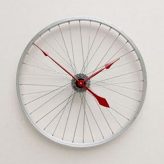 39 best Clocks made with cds dvds game disc images on Pinterest