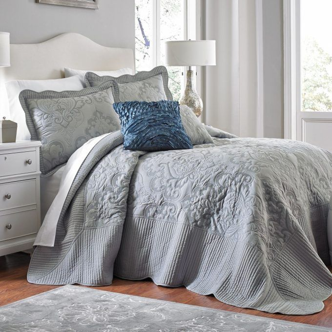 oversized king bedspread different