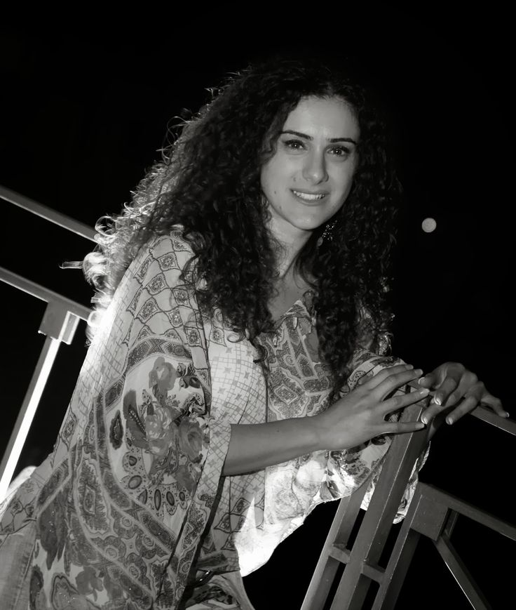INTERVISTA A ROSSELLA SICILIA http://lindabertasi.blogspot.it/2013/10/intervista-rossella-sicilia.html