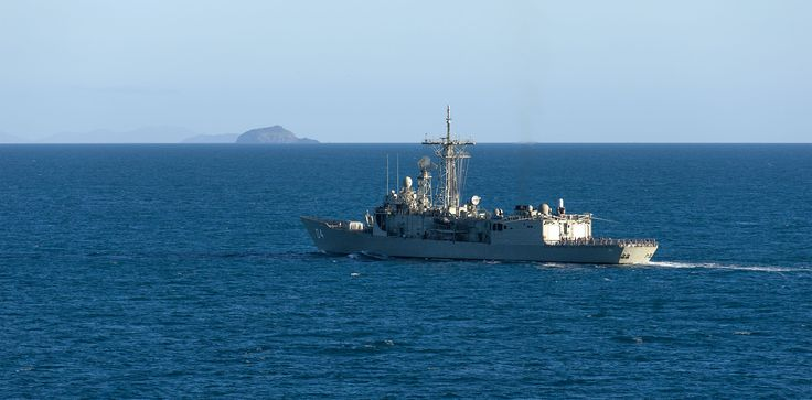 HMAS Darwin transits the Whitsunday Islands enroute to Exercise Talisman Sabre. Australian Defence Force photo.
