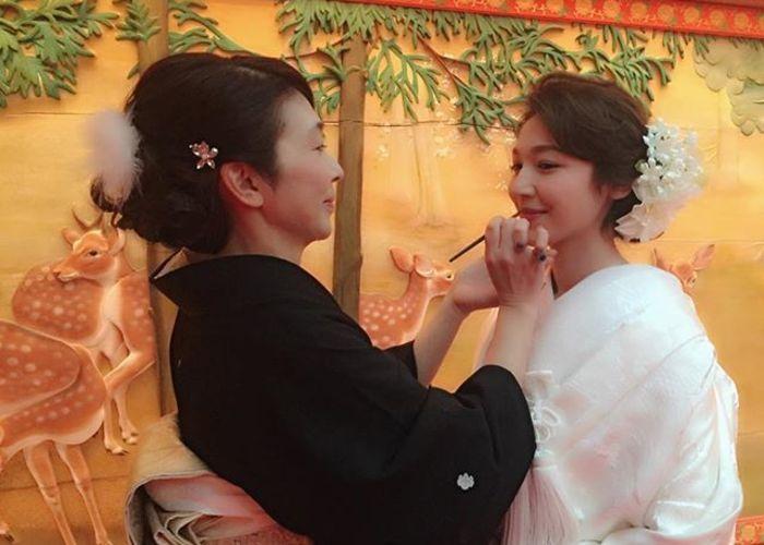 母親が花嫁に紅を差す、紅差しの儀を結婚式で取り入れたい
