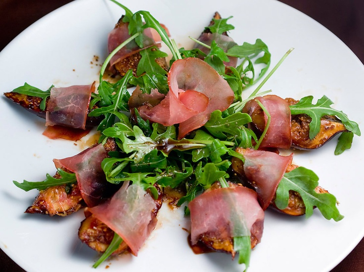 Figs with Prosciutto and Spiced Balsamic Glaze by Spicie Foodie