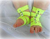 Artículos similares a Barefoot Sandals Baby, Newborn Gladiator Sandal, Barefoot Baby Sandal, Baby Girls Gladiator Sandals, Toddler Sandals, Baby Shoes en Etsy