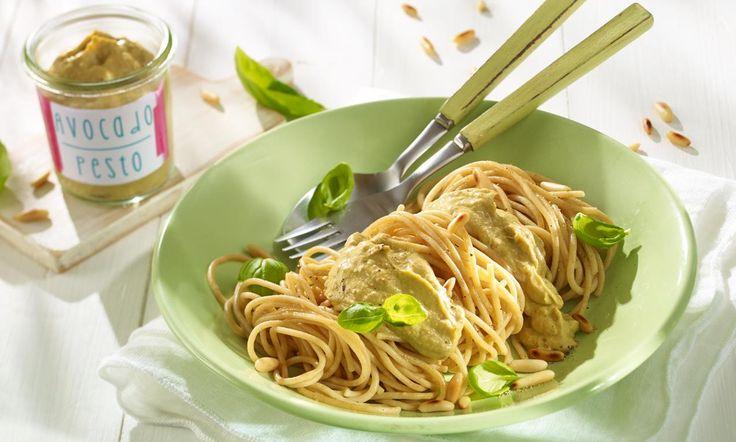 Spaghetti mit Avocado-Pesto Rezept | Dr. Oetker