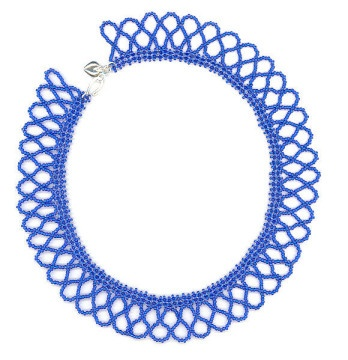 Netted sead bead necklace in cobalt blue.