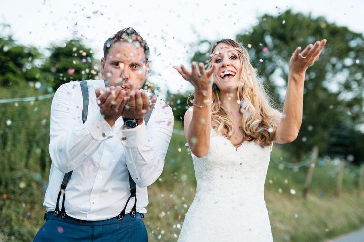 Lasst Konfetti regnen am Tag der Hochzeit!  Foto: Verena Hohmann Fotografie