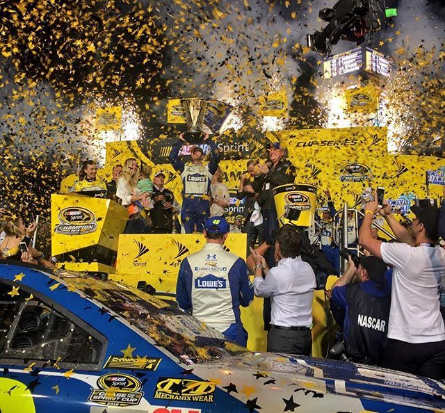 Jimmie Johnson wins the Ford Ecoboost 400 at Homestead Miami speedway along with the 2016 Sprint Cup Championship! #nascar #winner #se7en #lowes #48 #7time #chevy #chevyss #fordecoboost400 #sprint #sprintcupseries #sprintcup #jimmiejohnson