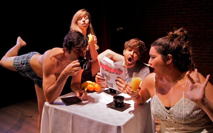"""O Teatro Ipanema apresenta até o dia 13 de abril, gratuitamente, """"Vida, o Musical"""" , com texto e direção de Rodrigo Nogueira."""