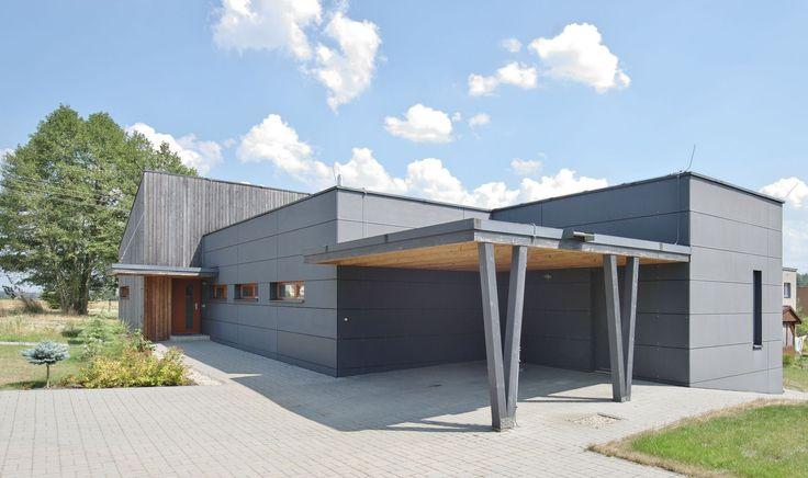 Michael Kocych Architects | architektonické studio | Ing. arch. Michael Kocych | Façade CETRIS et bardage bois vertical