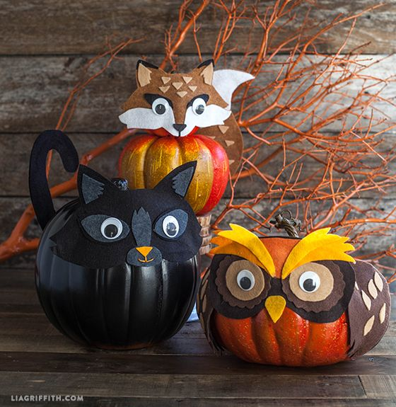 #trickortreat We are tricking our pumpkins by making them think they are a round black cat, a chubby horned owl and a sly orange fox. Ha! These balls of cuteness are made from using foam pumpkins, craft felt and googly eyes. @LiaGriffith.com #trickyourpumpkin #MichaelMakers