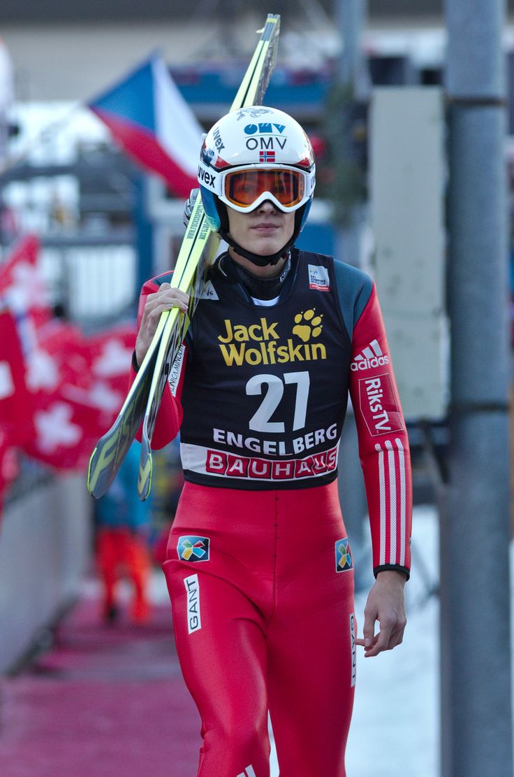 File:FIS Ski Jumping World Cup 2014 - Engelberg - 20141220 - Daniel-Andre Tande 1.jpg